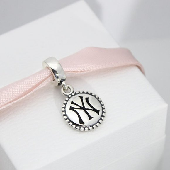 Women's New York Yankees Pandora Color Dangle